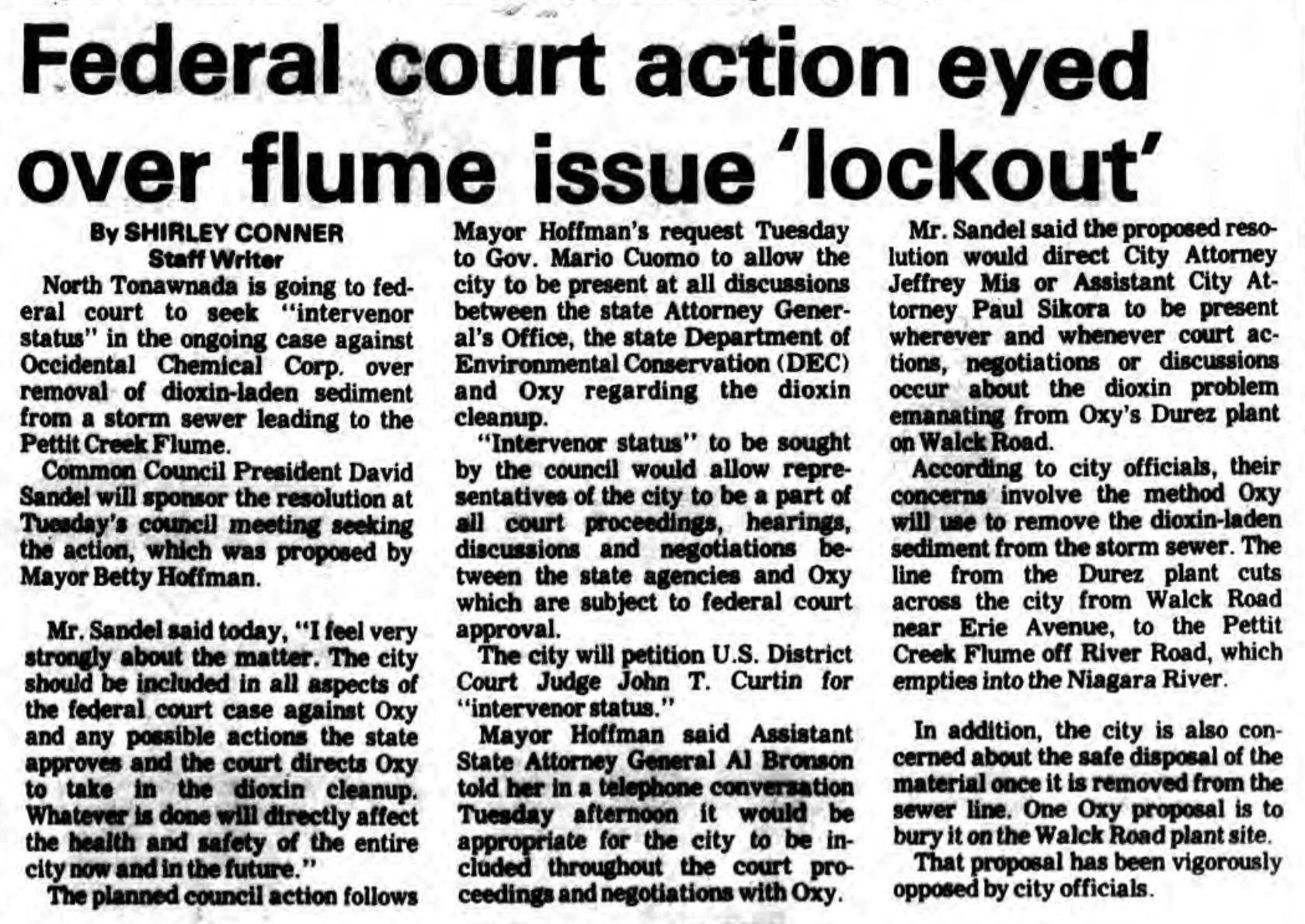 Federal court action eyed over Pettit flume lockout, Durez, article(Ton News, 1986-10-29).jpg
