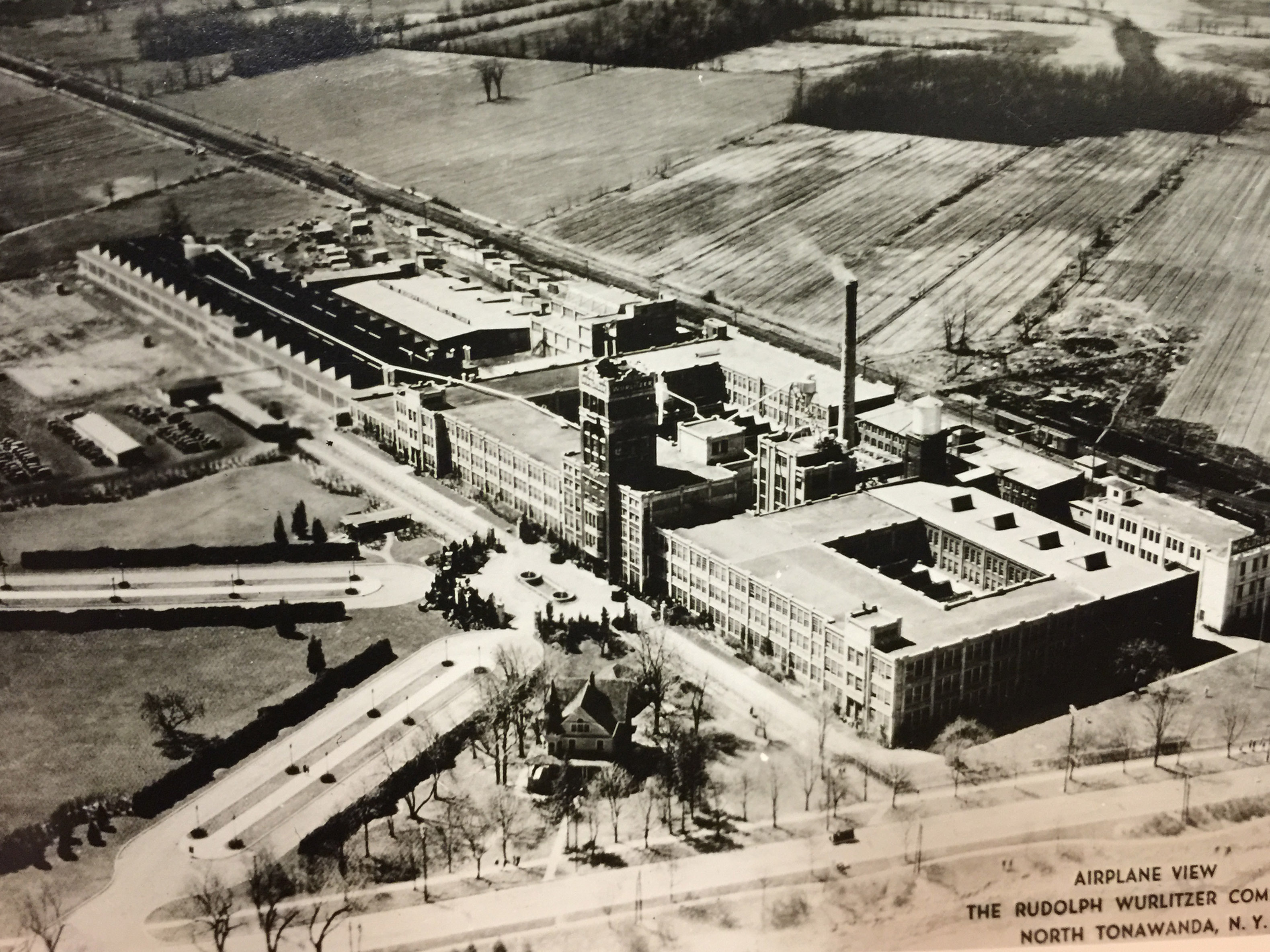 Airplane View, Rudolph Wurlitzer Company, North Tonawanda, photo (c1940).jpg