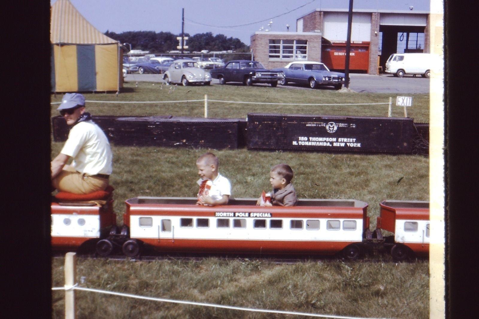 Herschell Miniature Train, photo (c1960).jpg