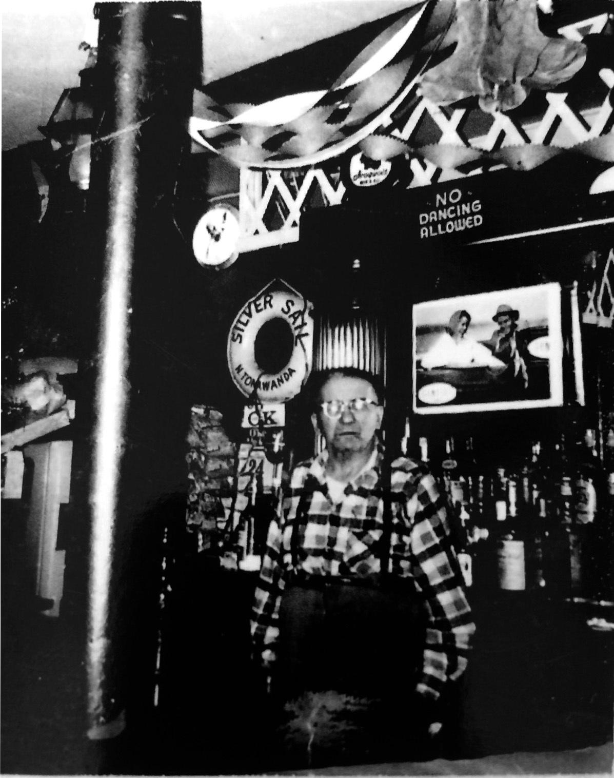 John Saunders at the Silver Sail, photo (c1960).jpg