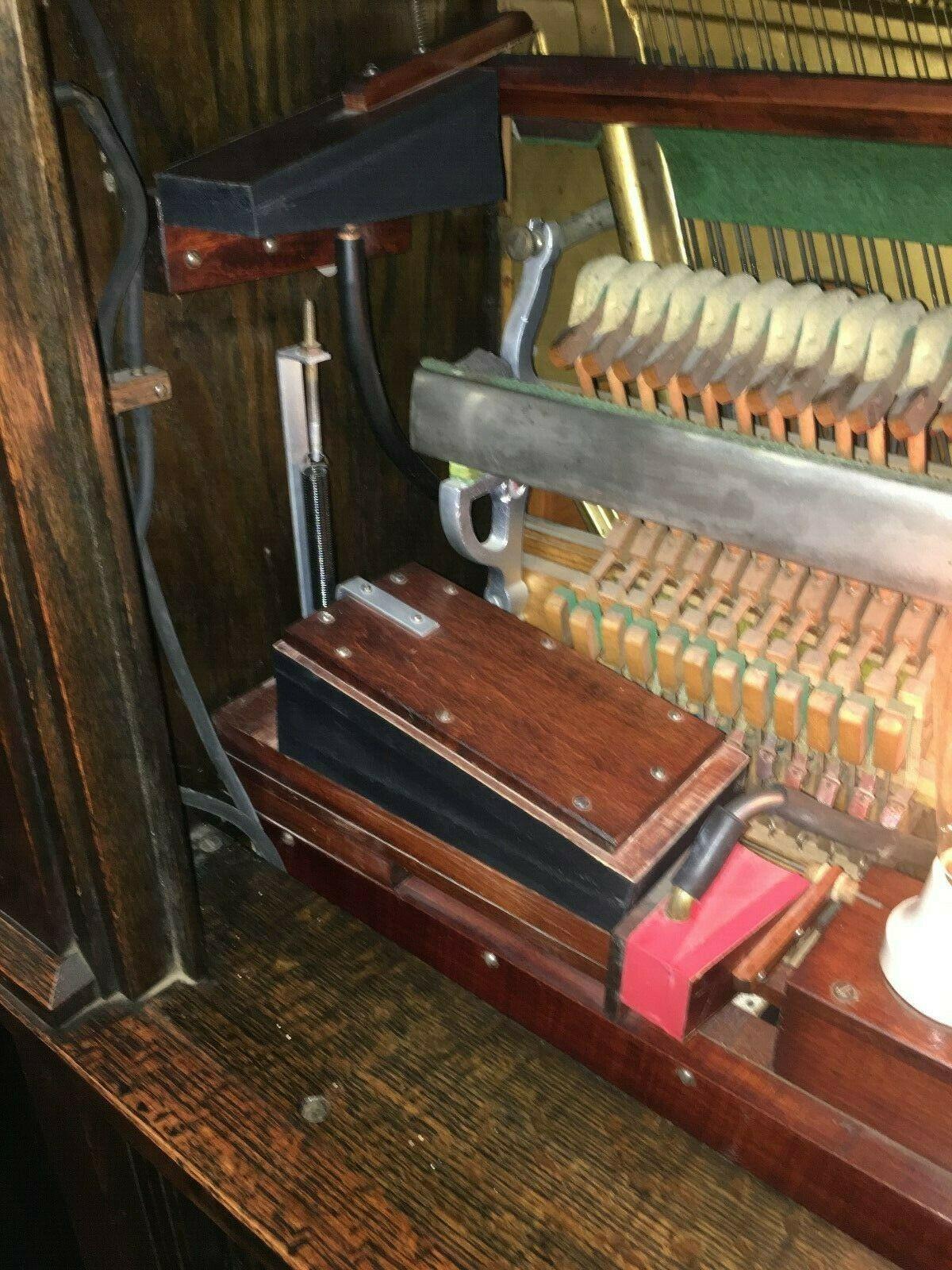 Niagara-Engelhardt-Player-Piano-8.jpg