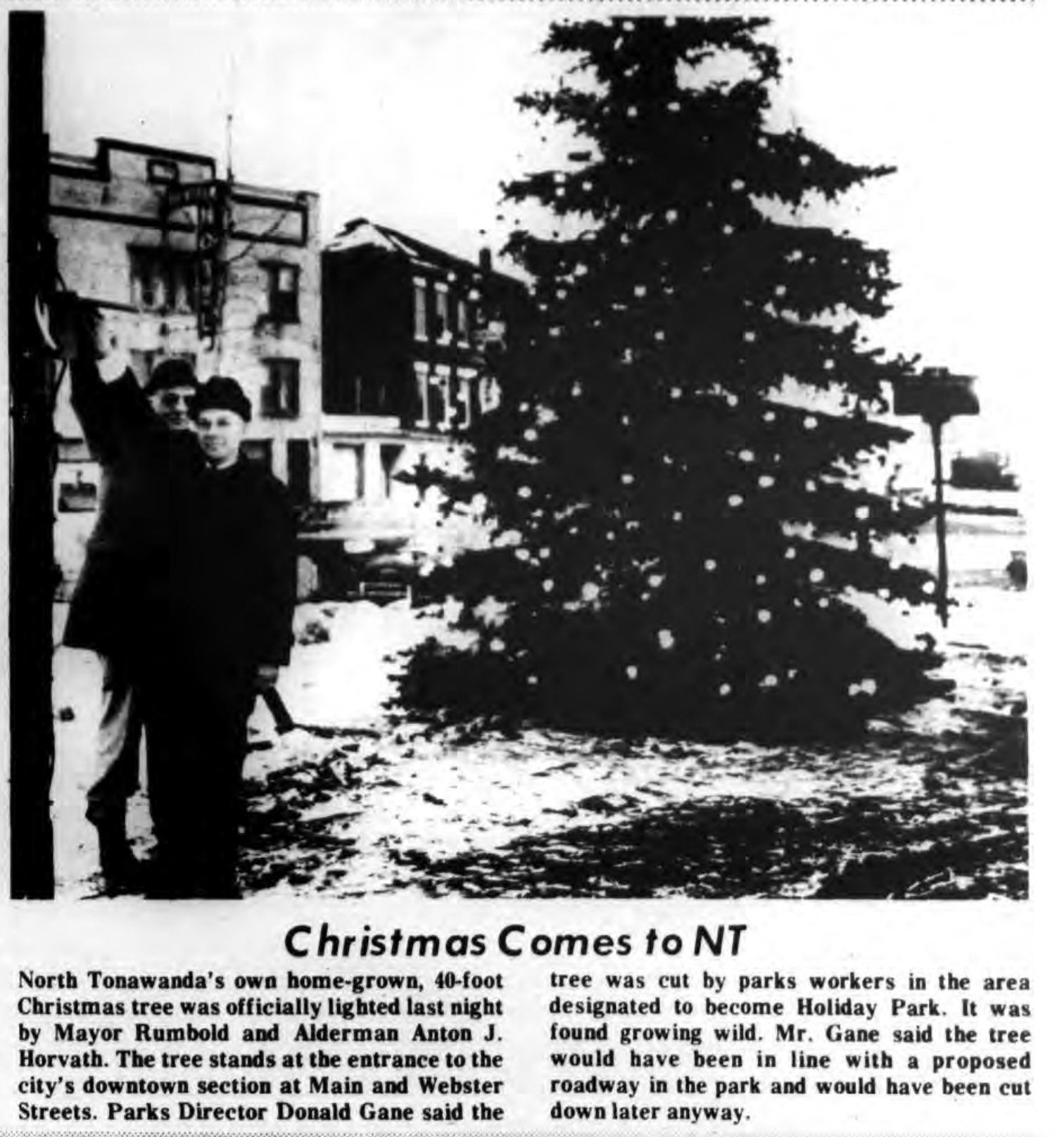 Christmas Comes to NT, View of Webster Hotel maybe, photo article (Tonawanda News, 1969-12-18).jpg