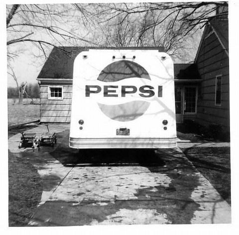 Pepsi Truck of Lou Winter, photo 2 (1966).jpg