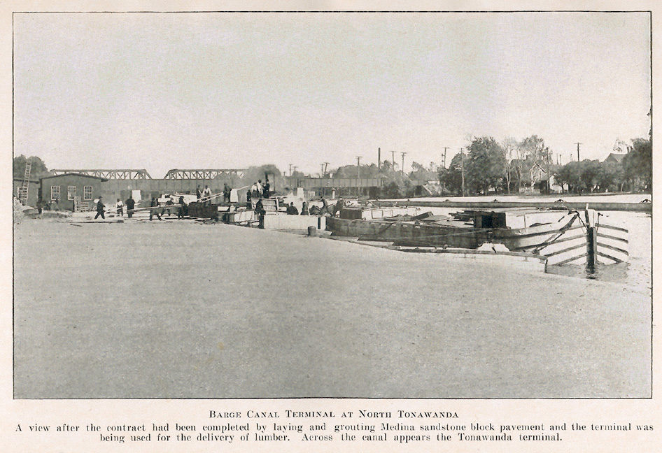 Barge Canal Terminal at North Tonawanda, photo (1916).jpg