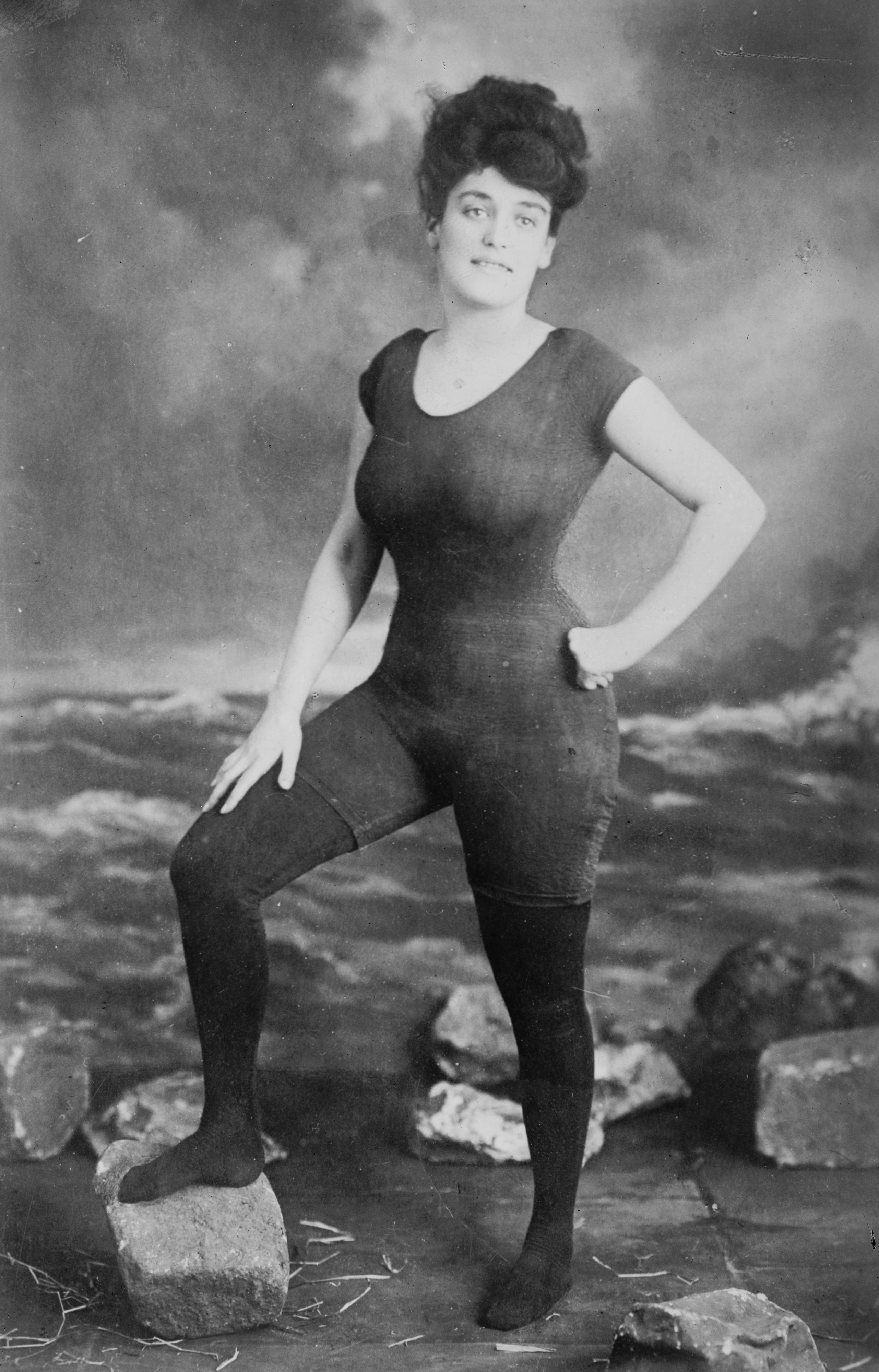 Niagara Silk Mills model Annette Kellerman.jpg