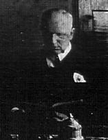 de Kleist at his desk in Berlin, detail (c1913).jpg