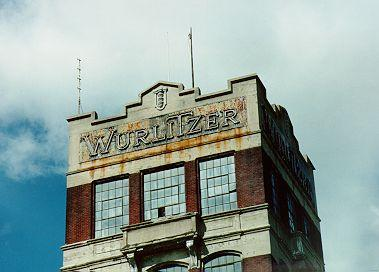 Wurlitzer tower in disrepair, photo (Jeff Cushing, 1996).jpg