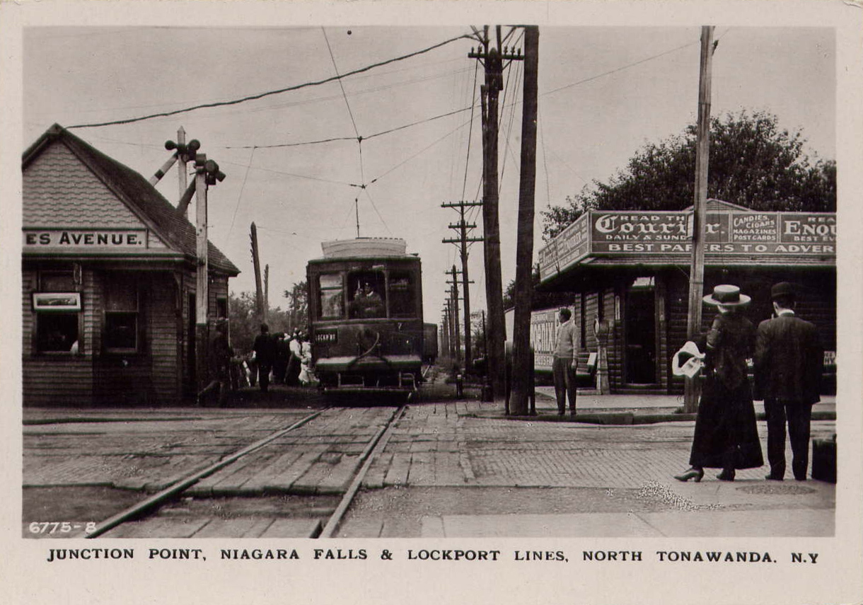 Junction Point, Niagara Falls and Lockport railroad lines, Payne Avenue, postcard (c1910).jpg