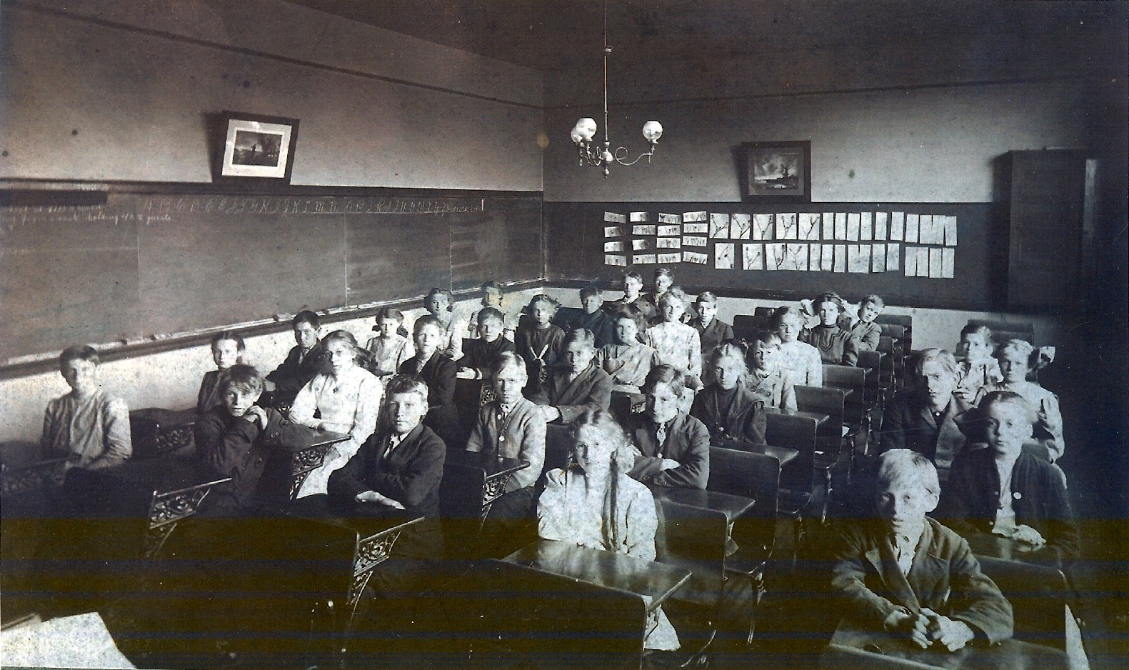 Richard H. Martin at Pine Woods Elementary, photo (c1908).jpg