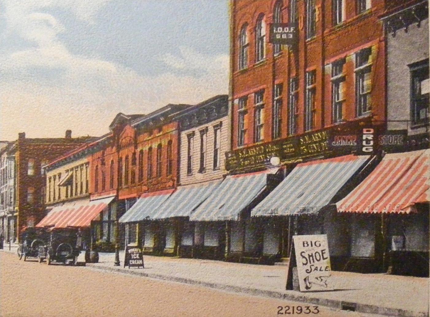 Webster Street, facing south, postcard detail (c 1910).jpg