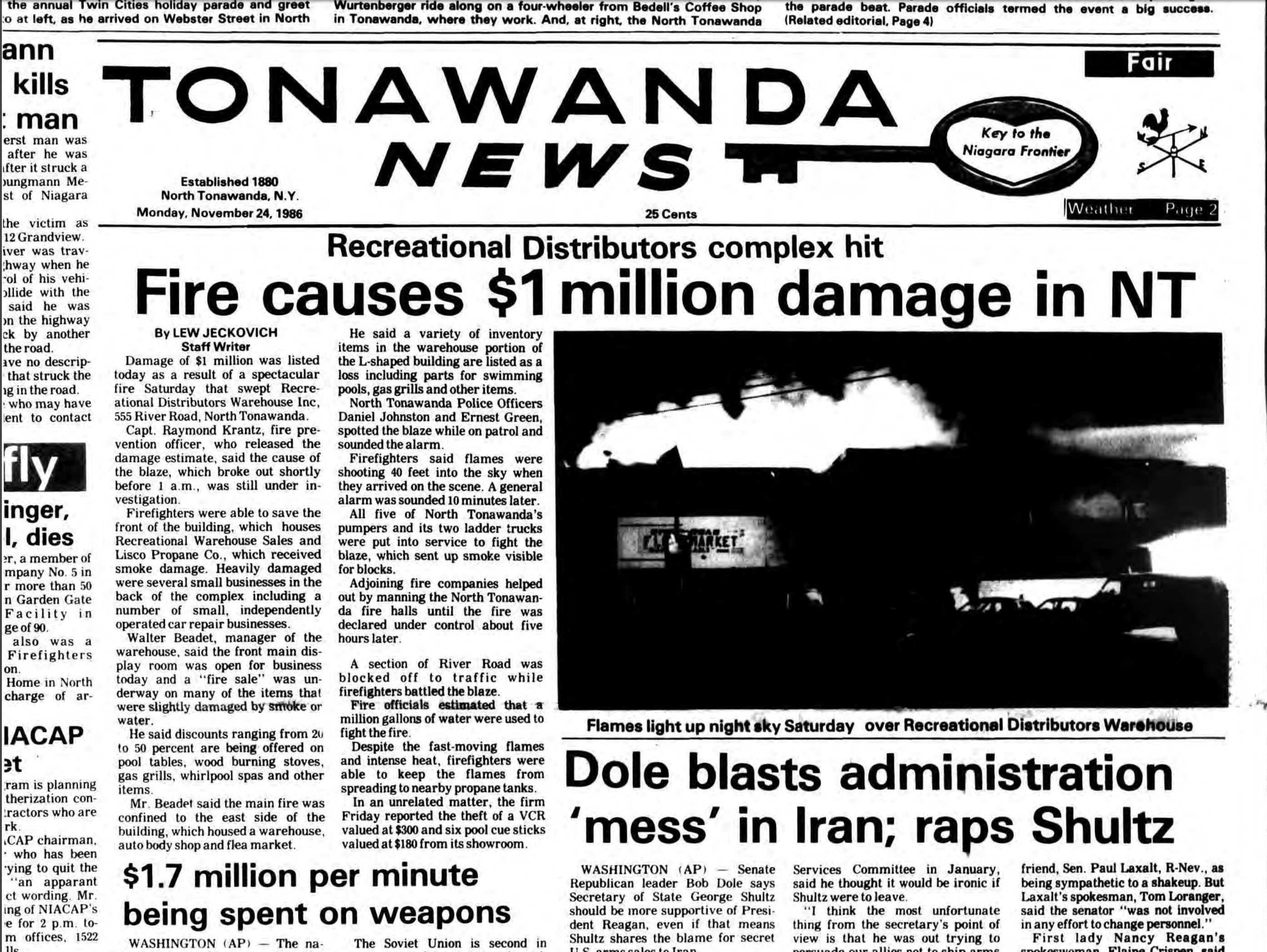 Fire causes one million damage, Recreational Warehouse, flea market, photo article (Tonawanda News, 1986-11-24).jpg
