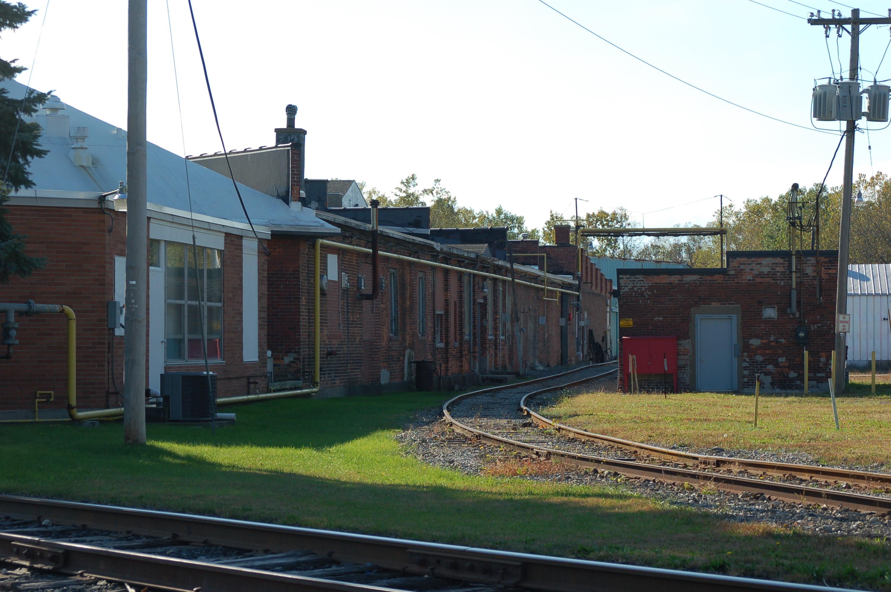 1174 Erie Ave, photo 5 (2008).jpg