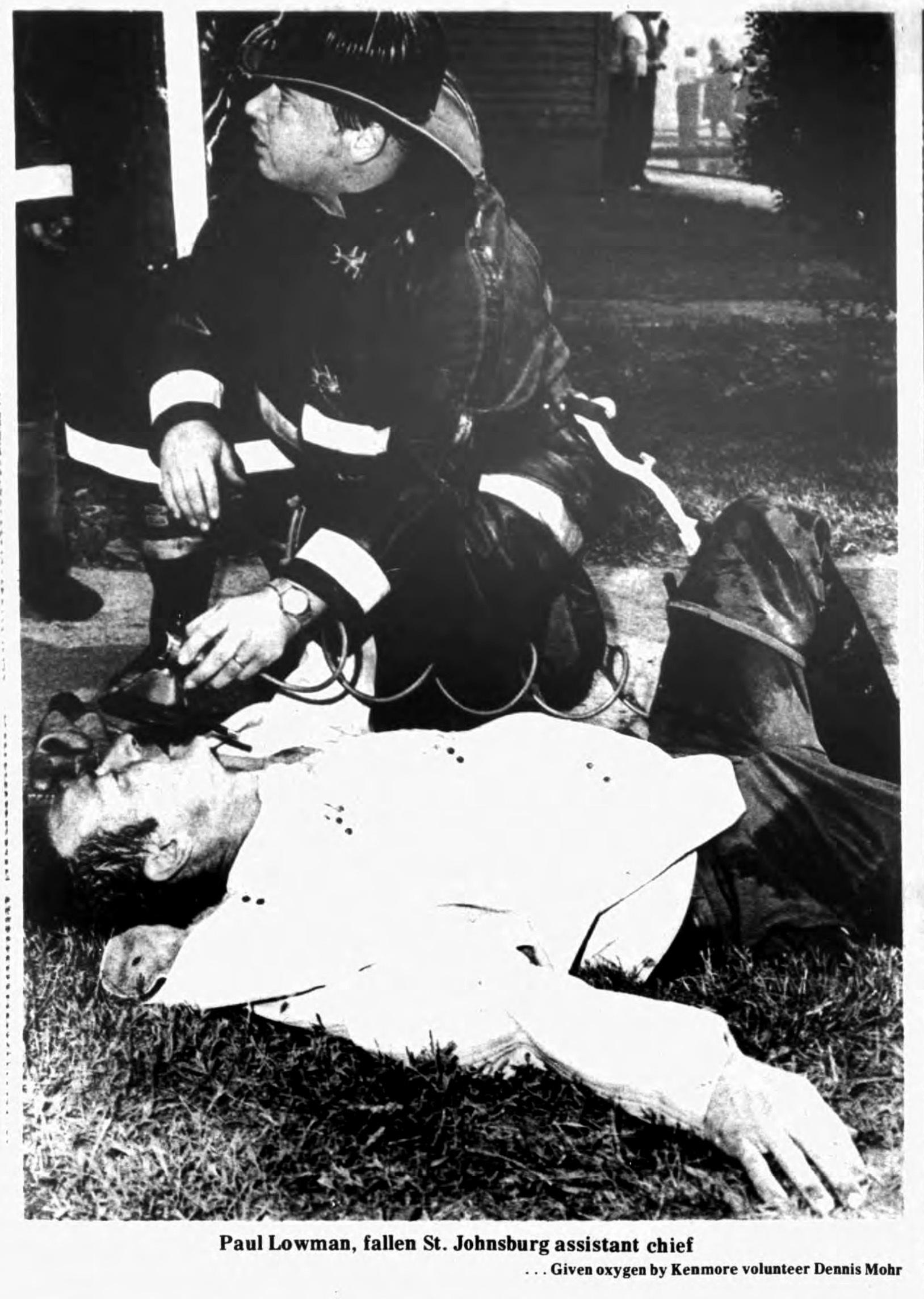 Fallen fire chief, Auto-Wheel fire, photo (Tonawanda News, 1972-05-30).jpg