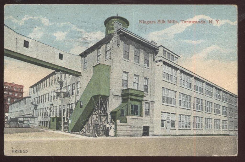 Niagara Silk Mills, North Tonawanda, photo postcard (1907).jpg
