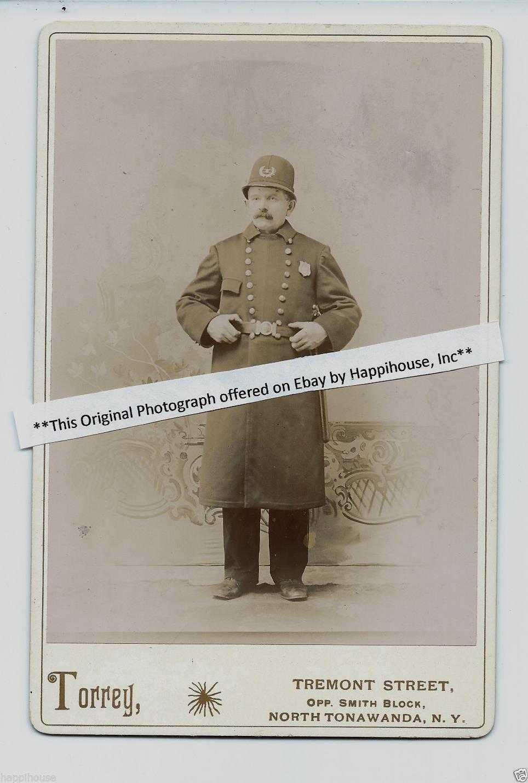 Policeman, Torrey, cabinet photo (c1895).jpg
