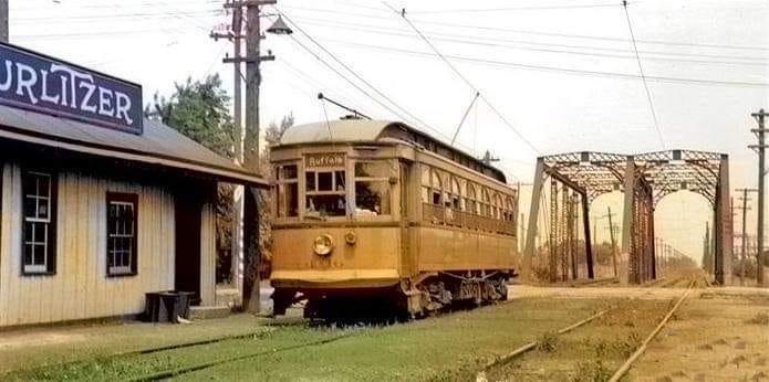 Wurlitzer depot, photo, c1930.jpg
