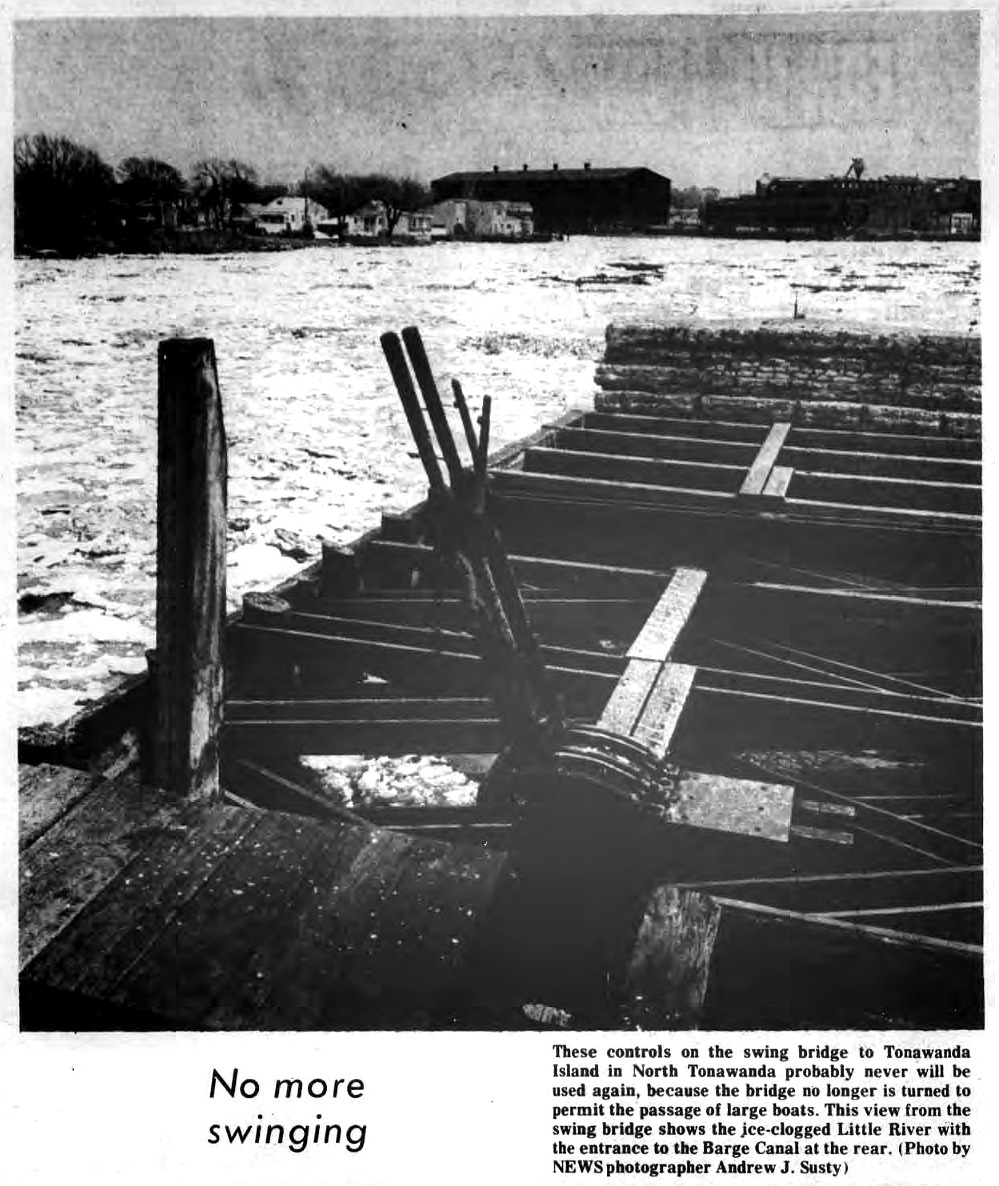 No More Swinging, swing bridge controls, photo (Tonawanda News, 1972-05-05).jpg