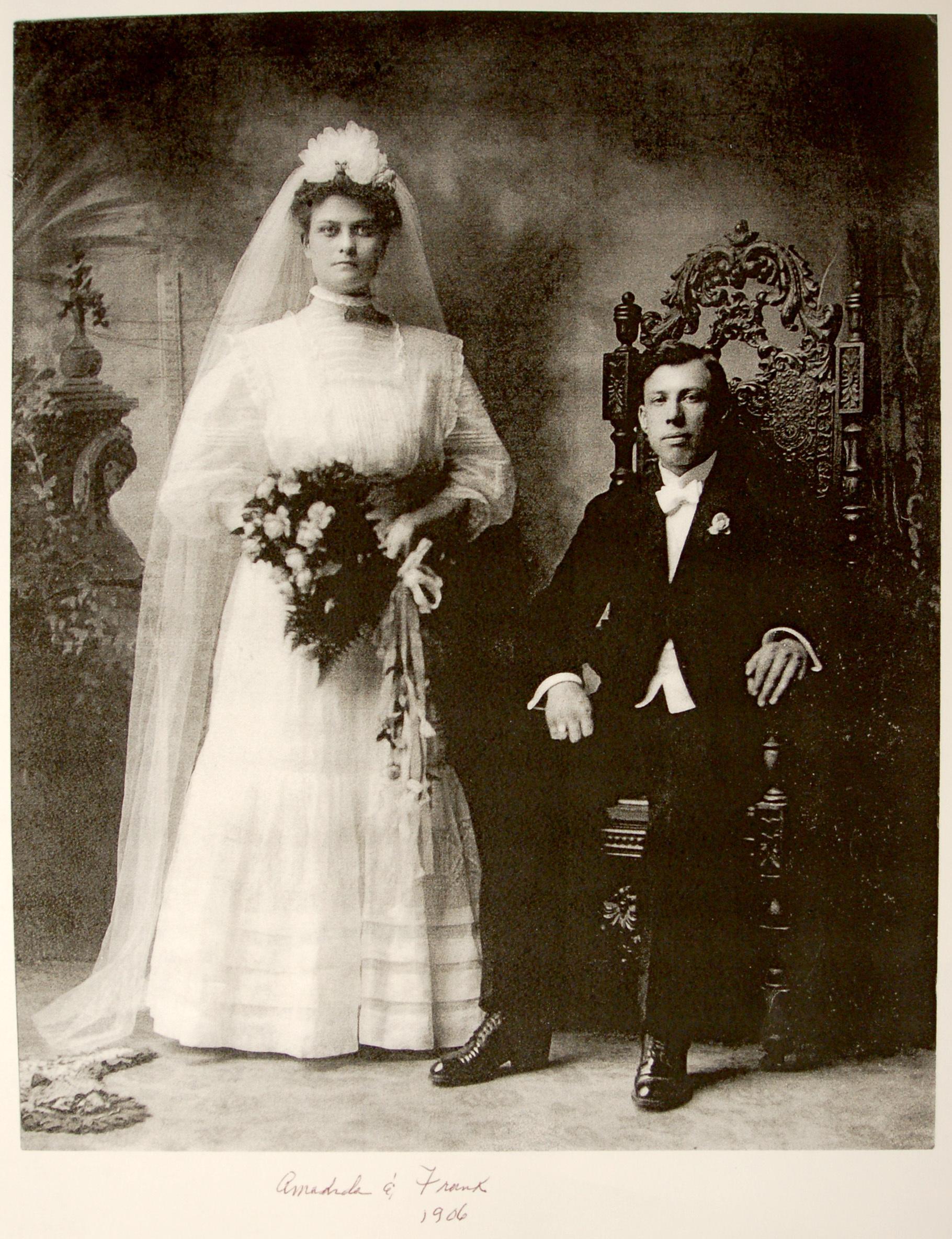 Frank and Amanada Morganti, wedding photo (1906).jpg