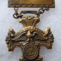 World War Service medal, North Tonawanda seal, front.jpg