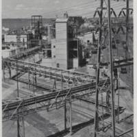 Du Pont pipelines and adiponitrile process units, photo (Better Living, 1951).jpg