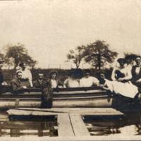 Ellicott Creek boaters, photo (1909).jpg