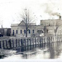 Erie Canal in Tonawanda, photo (c1890).jpg