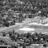 Niagara Musical Inst Mfg Co, Felton Field area, aerial photo (HST, c.1935).jpg