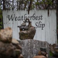 Weatherbest slip sign, photo (Dennis Reed Jr, 2021-05-03).jpg