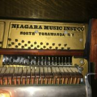 Niagara-Engelhardt-Player-Piano-3.jpg