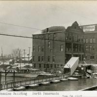 Scanlon Building, pontoon bridge, North Tonawanda, photo (NYSA, 1917-11-24).jpg